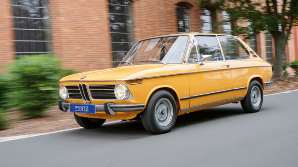 Oldtimer-Youngtimer-Shopping-Tour-im-Herbst