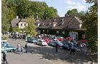 Oldtimer bei Schloss Lerbach