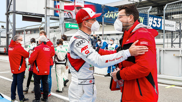Oliver Hoffmann, Entwicklungsvorstand Audi, DTM-Pilot Nico Müller