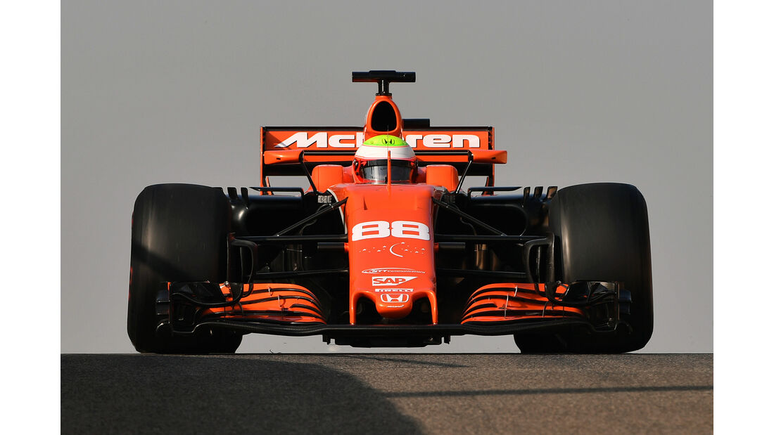 Oliver Turvey - McLaren - Abu Dhabi - Test 1 - 28. November 2017