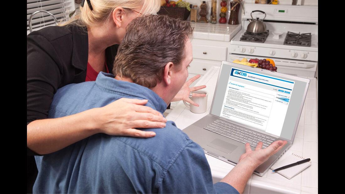 Online Zulassung i-Kfz Computer Digital