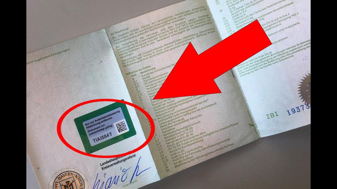 Online Zulassung i-Kfz Computer Digital Fahrzeugschein