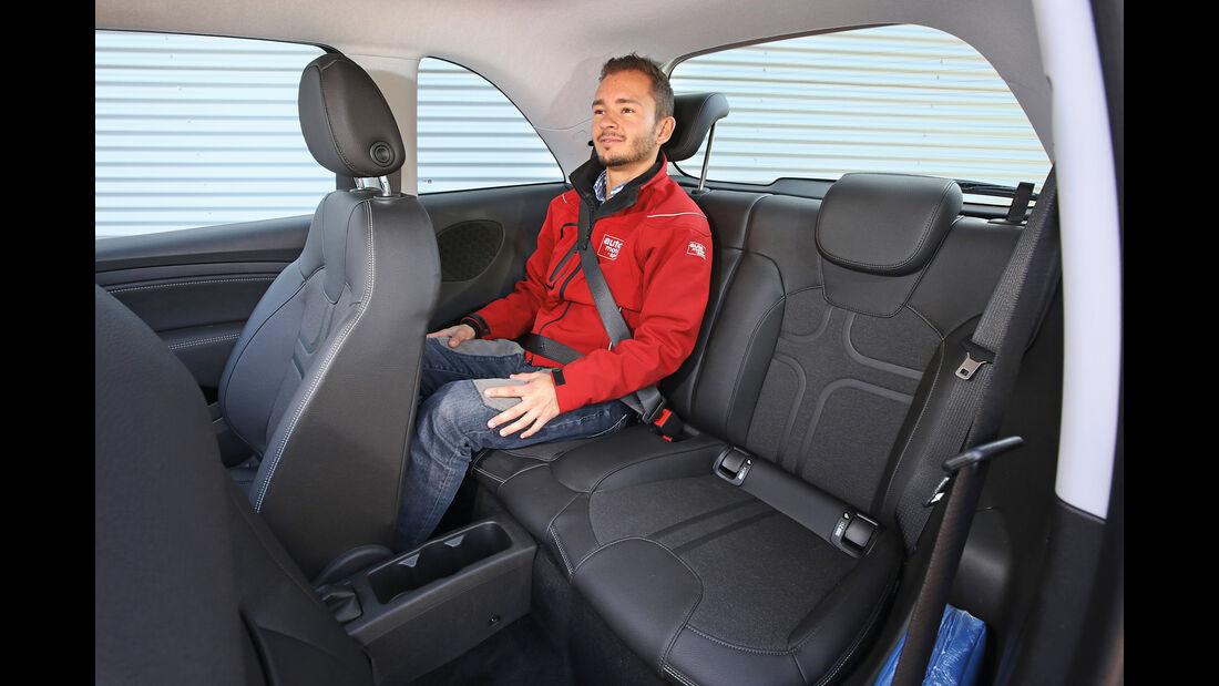 Opel Adam 1.0 DI Turbo, Fondsitz
