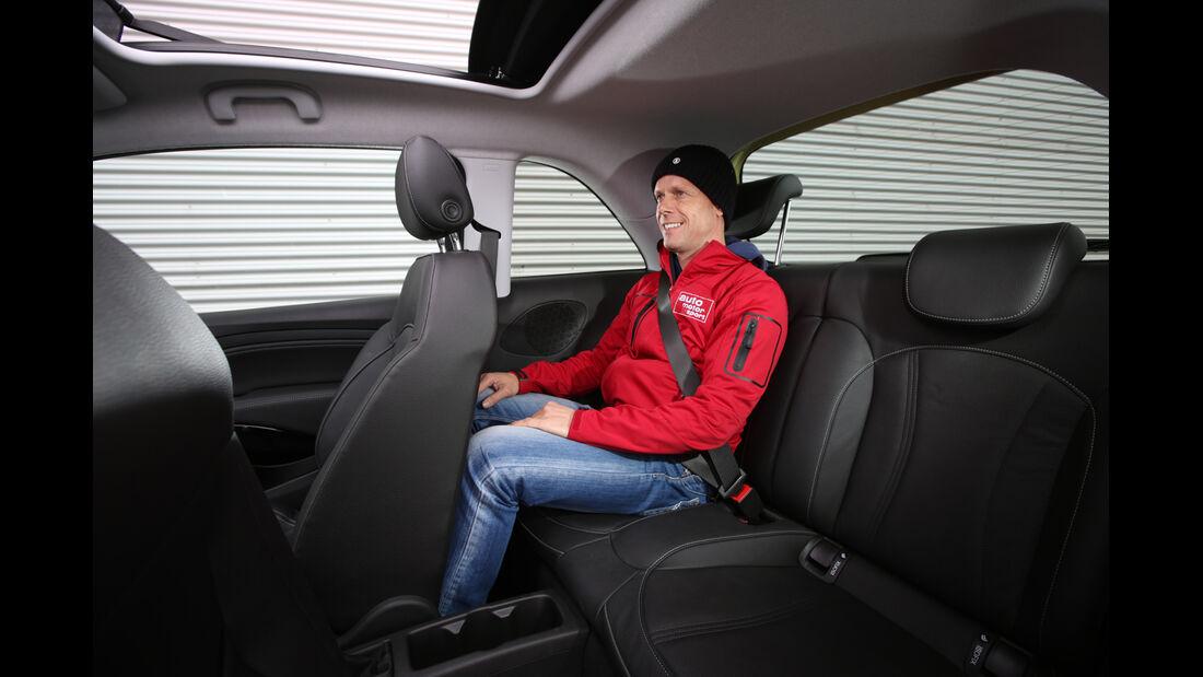 Opel Adam 1.0 DI Turbo Rocks, Fondsitz