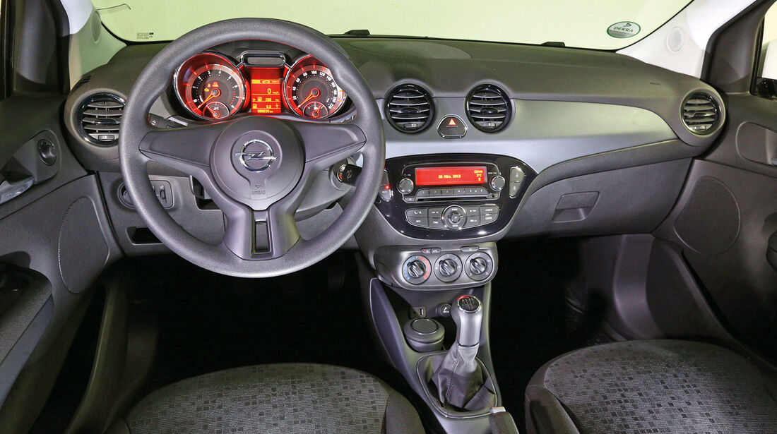 Opel Adam, Basis-Cockpit