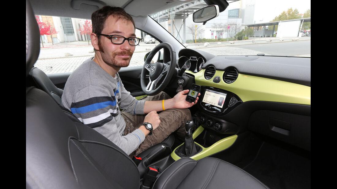 Opel Adam, Cockpit, Bluetooth