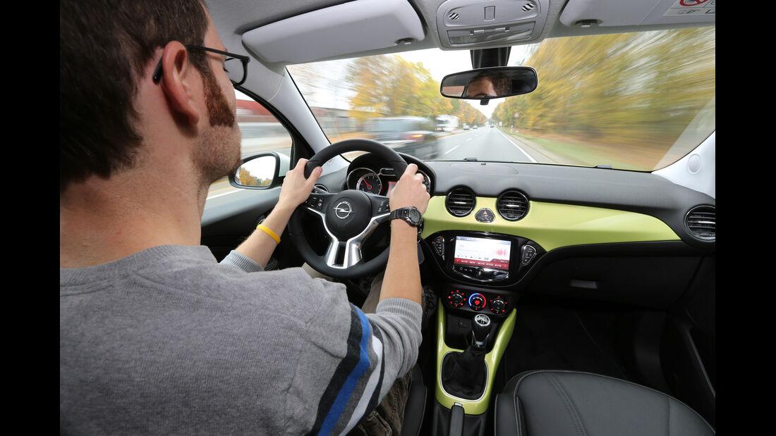 Opel Adam, Cockpit, Lenkrad