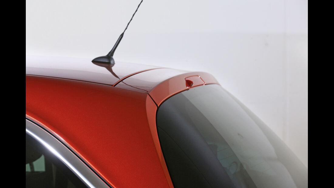 Opel Adam, Dachspoiler