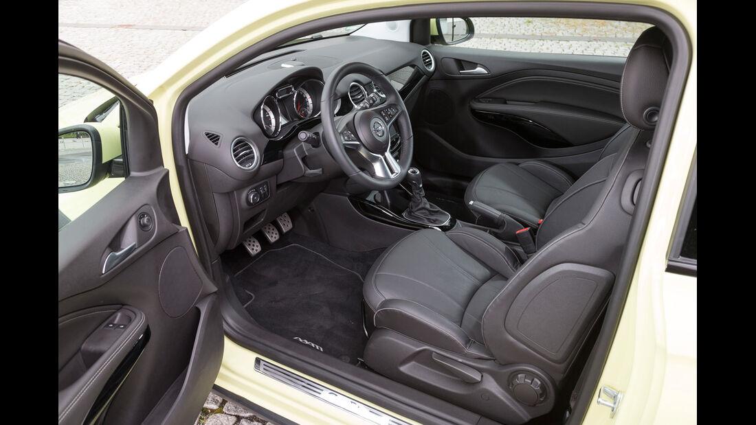 Opel Adam Rocks 1.0 DI Turbo, Cockpit