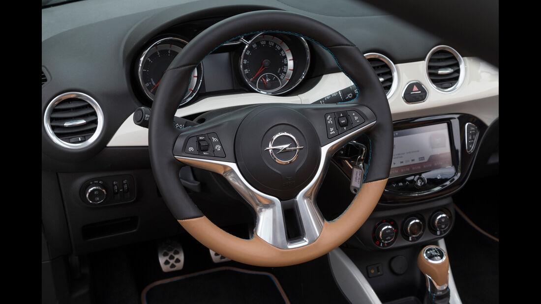 Opel Adam Rocks, Lenkrad