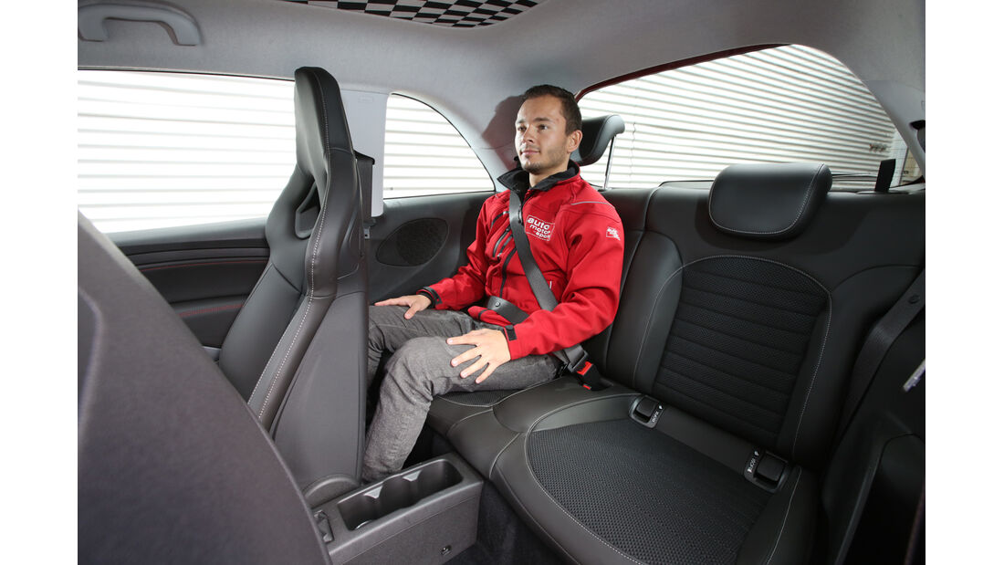 Opel Adam S, Fondsitz