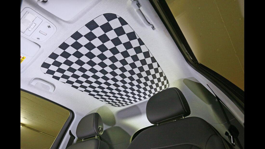 Opel Adam, Schachbrettmuster