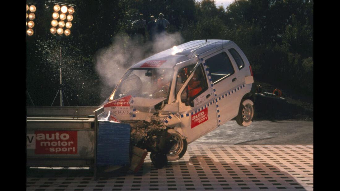 Opel Agila Crashtest