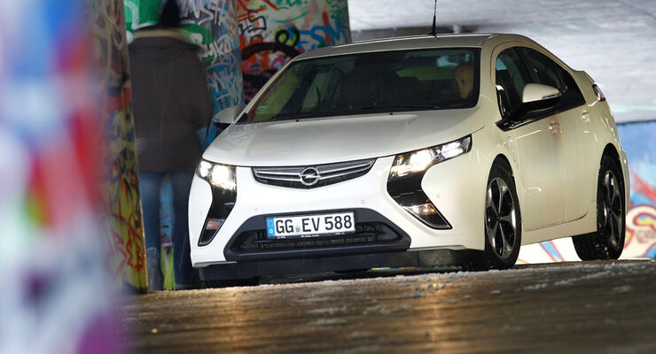Opel Ampera, Front