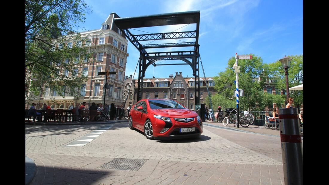 Opel Ampera, Frontansicht, Stadtfahrt