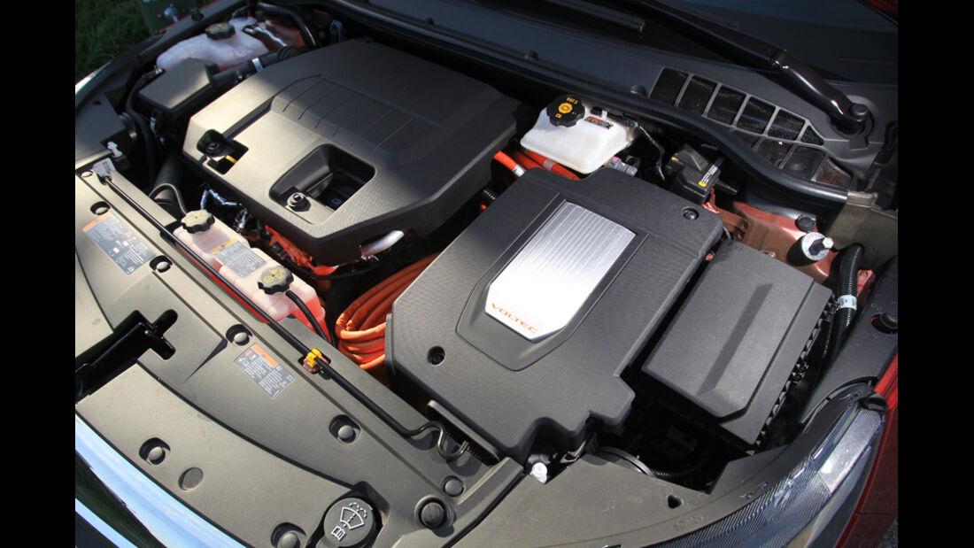 Opel Ampera, Motor, Motorraum