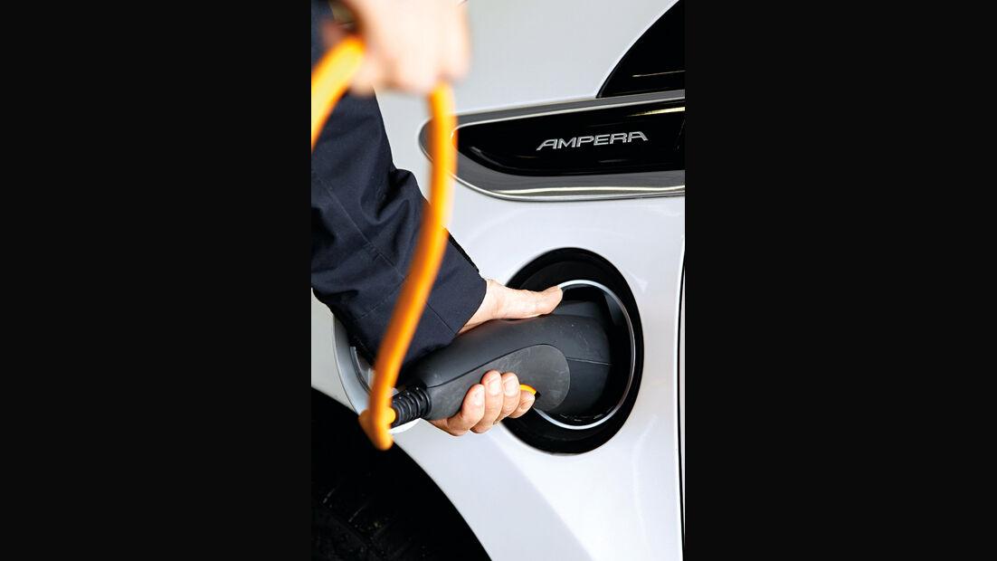 Opel Ampera, Tanken, Stromzufuhr