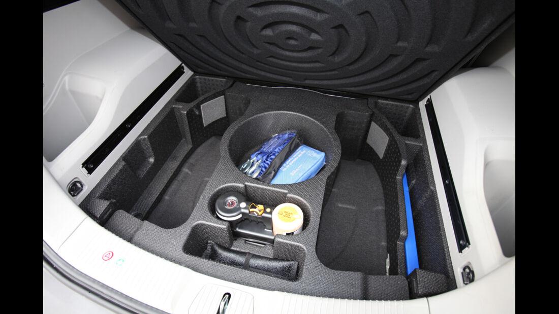 Opel Antara 2.2 CDTI Cosmo, Kofferraum