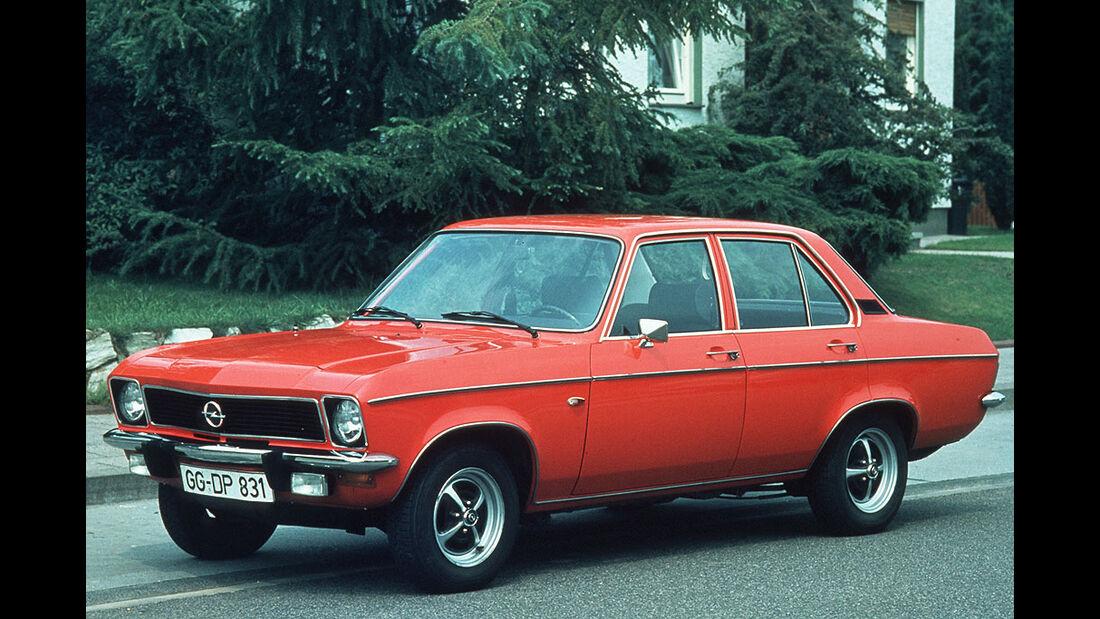 Opel Ascona A, Luxus, 1970-1975