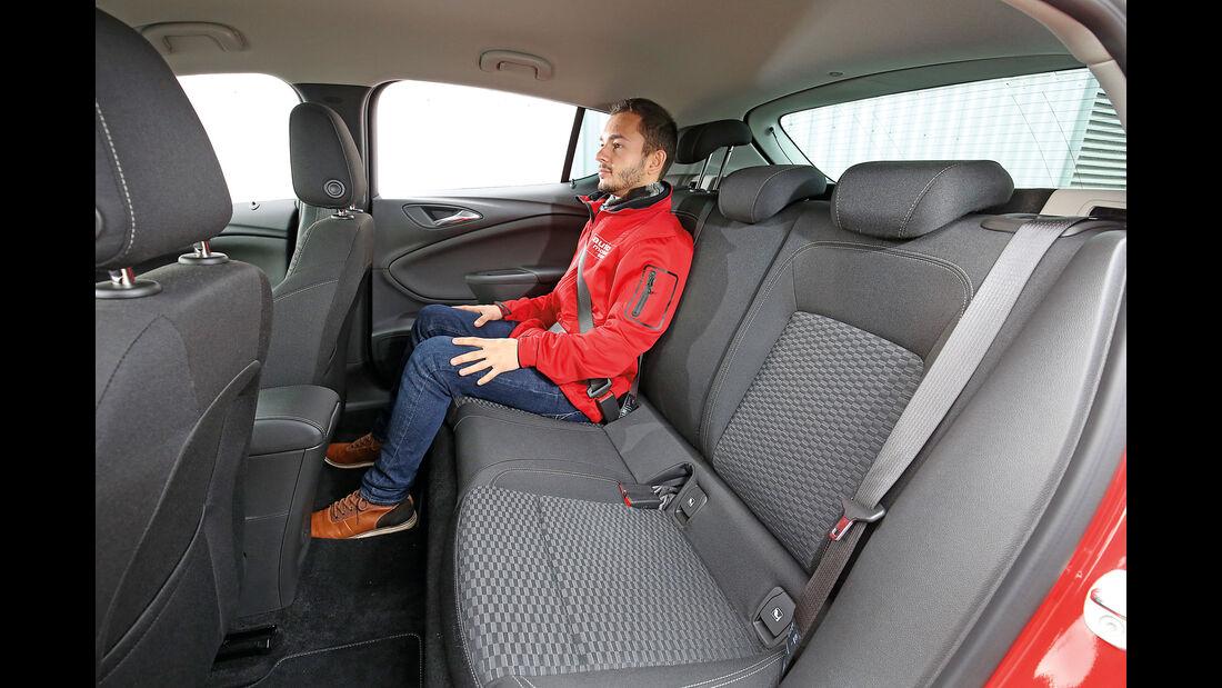 Opel Astra 1.0 DI Turbo, Fondsitz