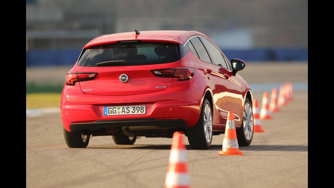 Opel Astra 1.0 DI Turbo, Heckansicht