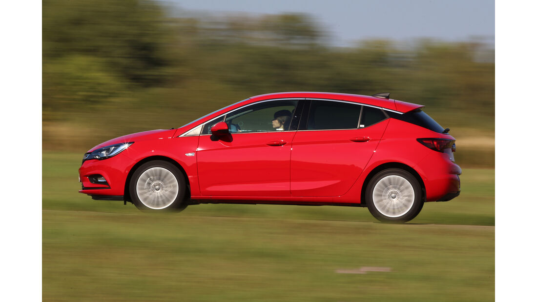 Opel Astra 1.0 Turbo, Seitenansicht