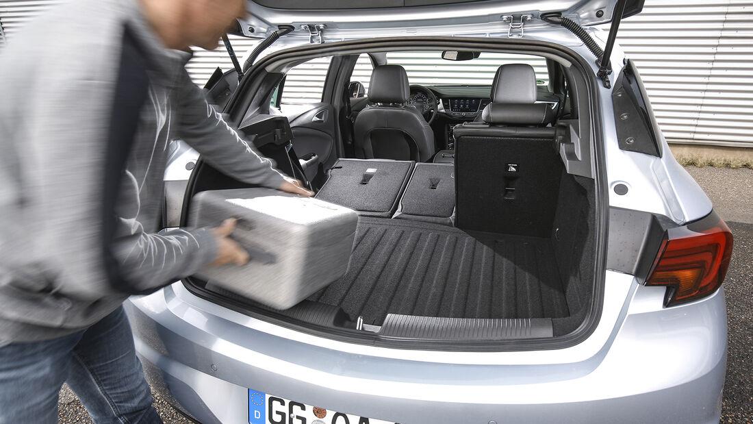 Opel Astra 1.2 DI Turbo, Interieur