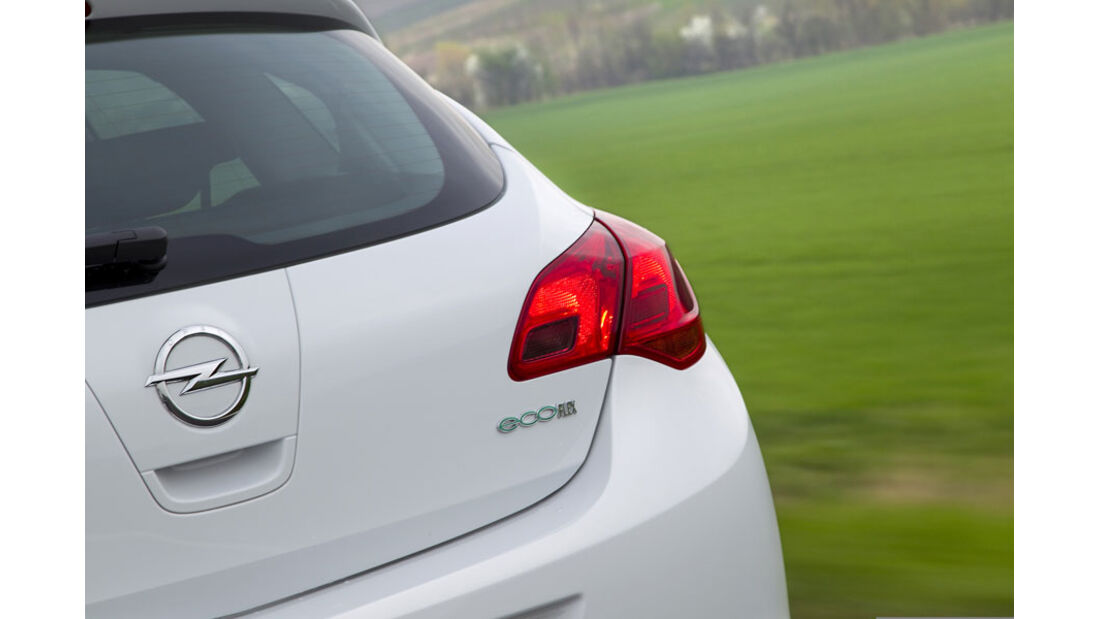 Opel Astra 1.3 CDTi Ecoflex, Rücklicht
