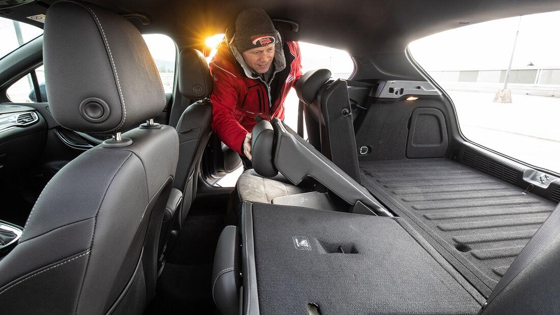 Opel Astra 1.4 DI Turbo Elegance,  Interieur