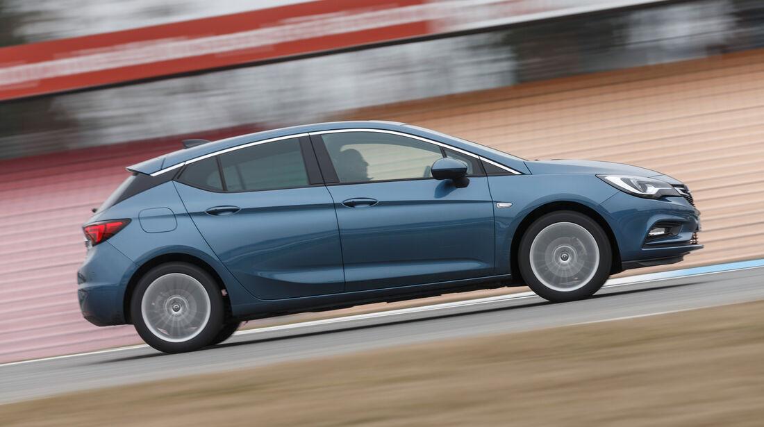 Opel Astra 1.4 DI Turbo, Seitenansicht