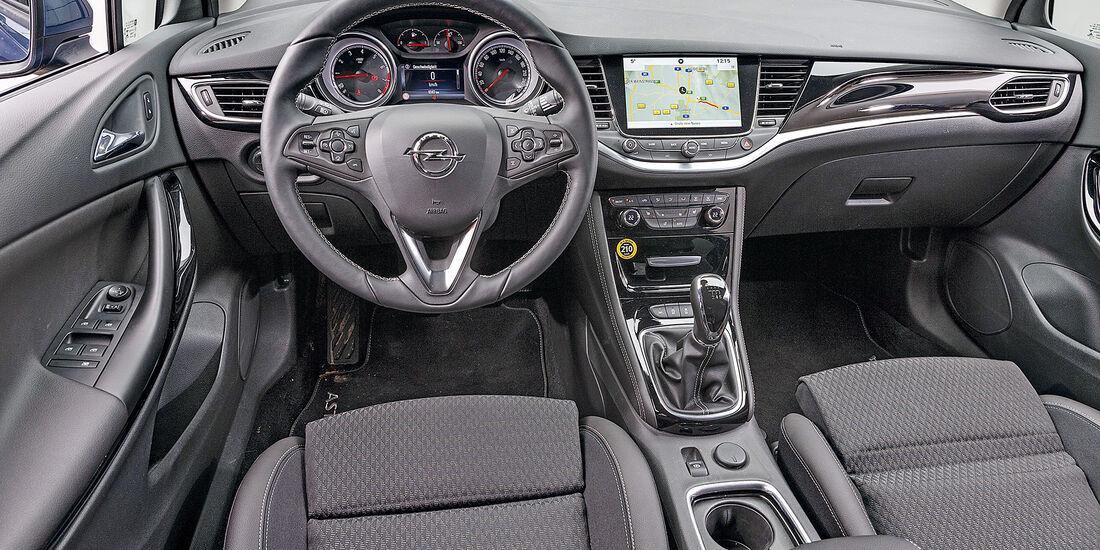 Opel Astra 1.4 Turbo, interieur