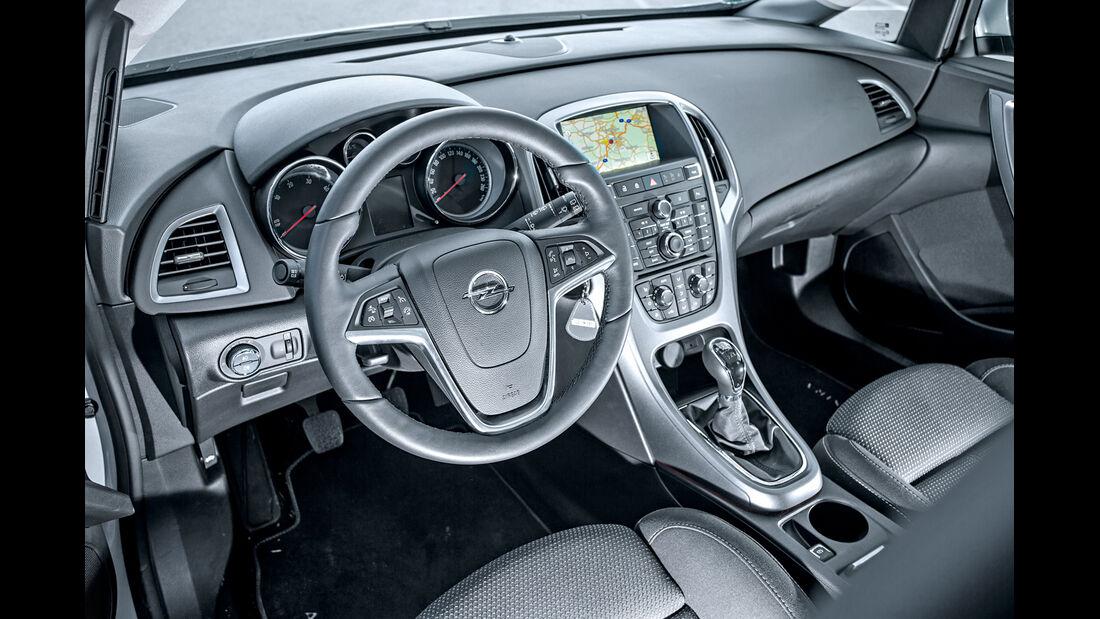 Opel Astra 1.6 CDTI, Cockpit