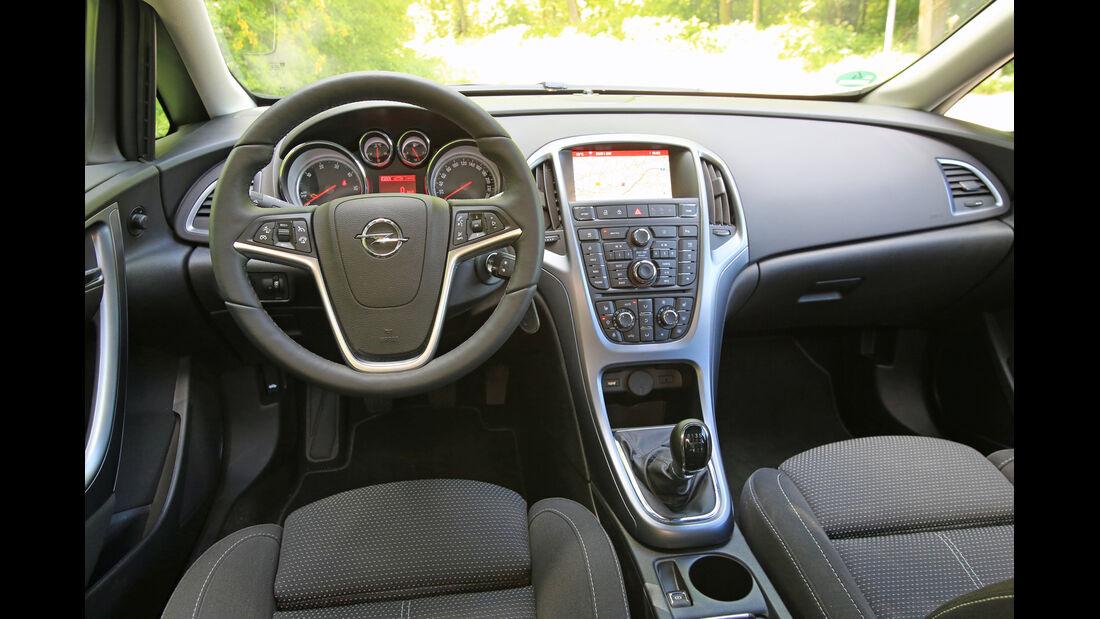 Opel Astra 1.6 CDTI EcoFLEX, Cockpit