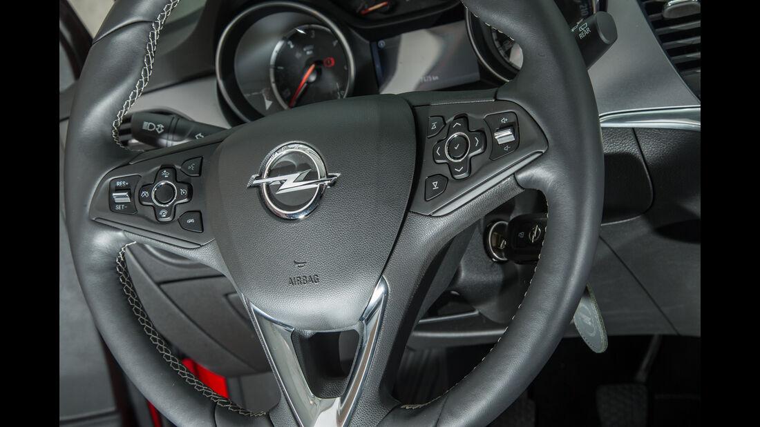 Opel Astra 1.6 CDTI, Lenkrad