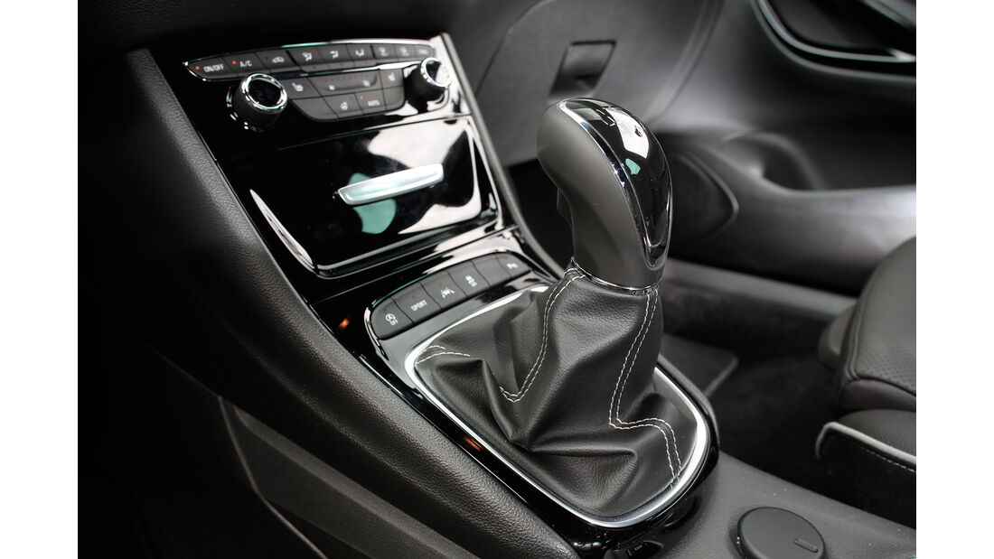 Opel Astra 1.6 DI Turbo, Mittelkonsole