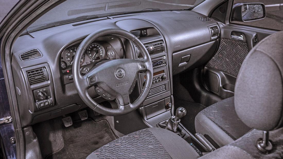 Opel Astra 1.6, Interieur