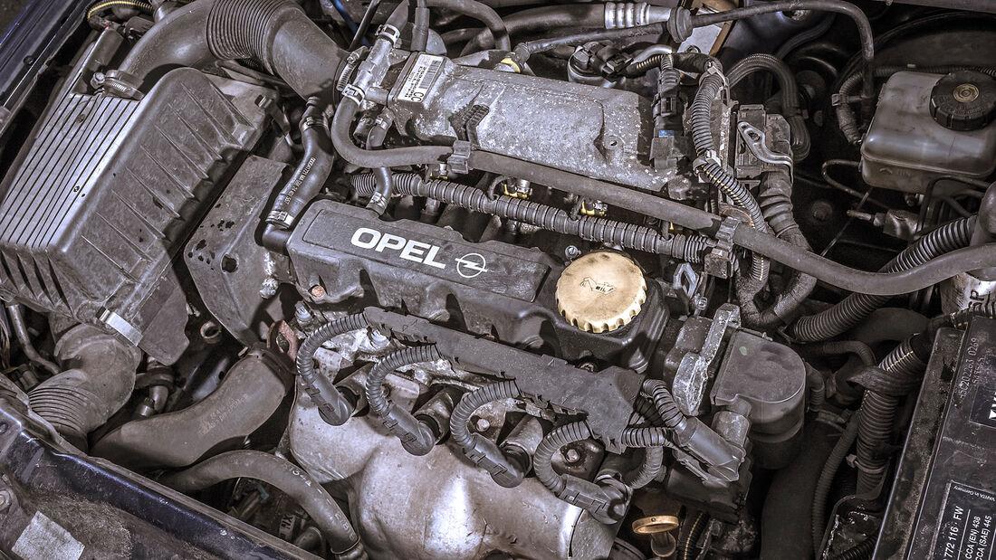 Opel Astra 1.6, Motor