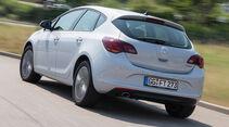 Opel Astra 1.6 SIDI Turbo, Heckansicht