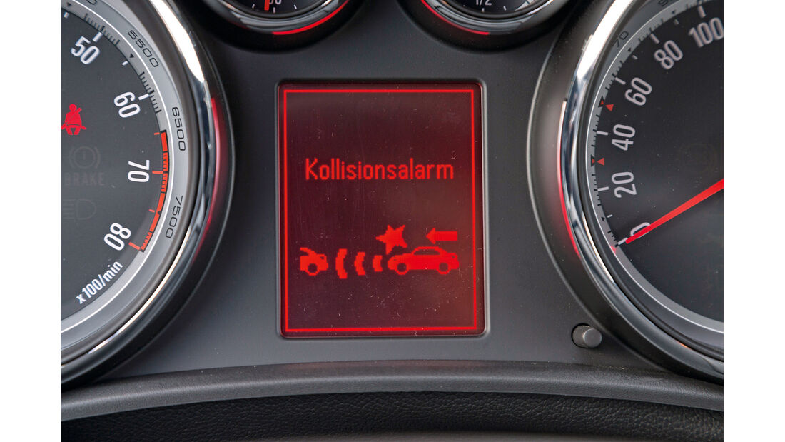 Opel Astra 1.6 SIDI Turbo, Kollisionswarner