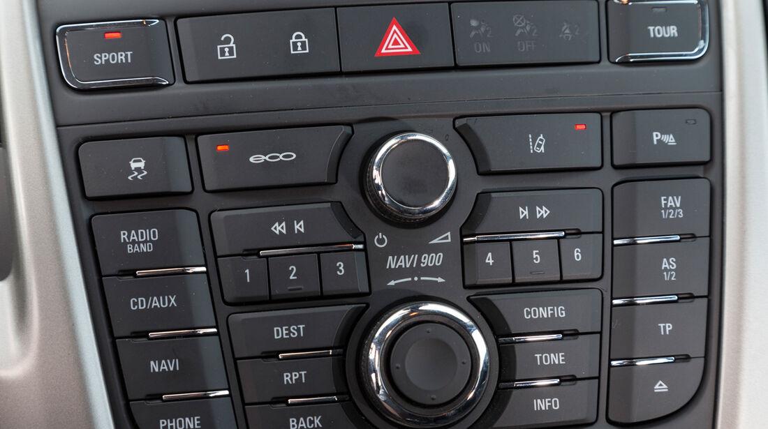 Opel Astra 1.6 SIDI Turbo, Mittelkonsole