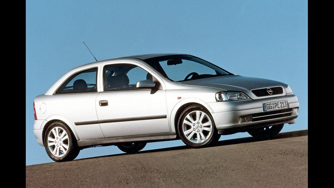 Opel Astra 1.6, Seitenansicht