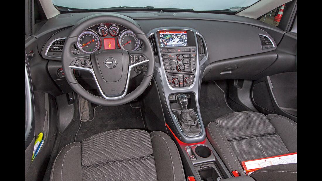 Opel Astra 1.6 Turbo Style, Cockpit