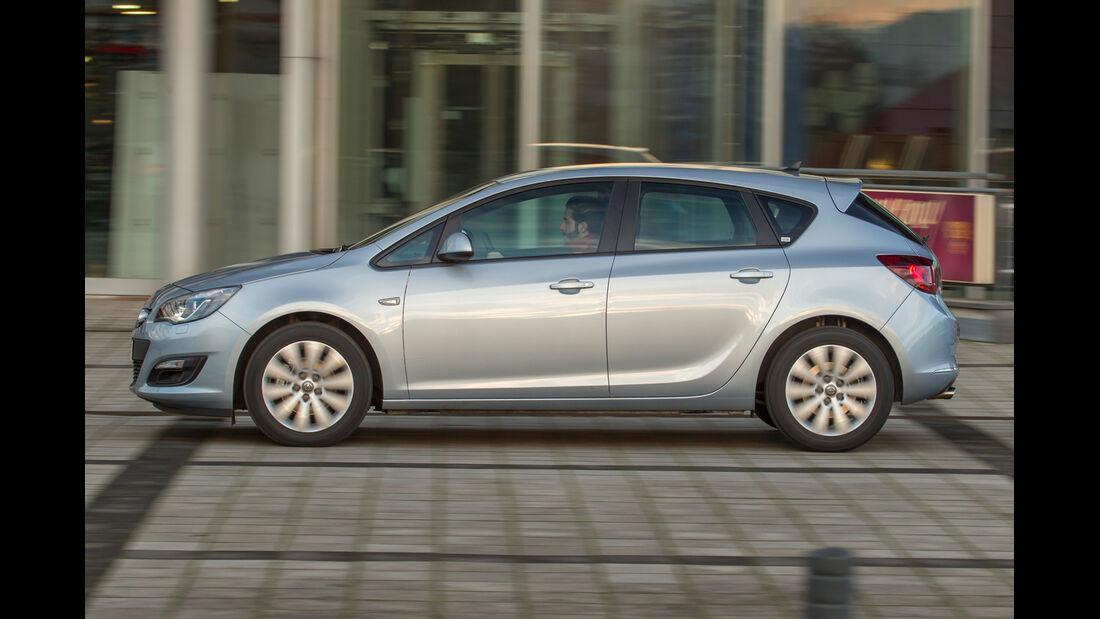 Opel Astra 1.6 Turbo Style, Seitenansicht