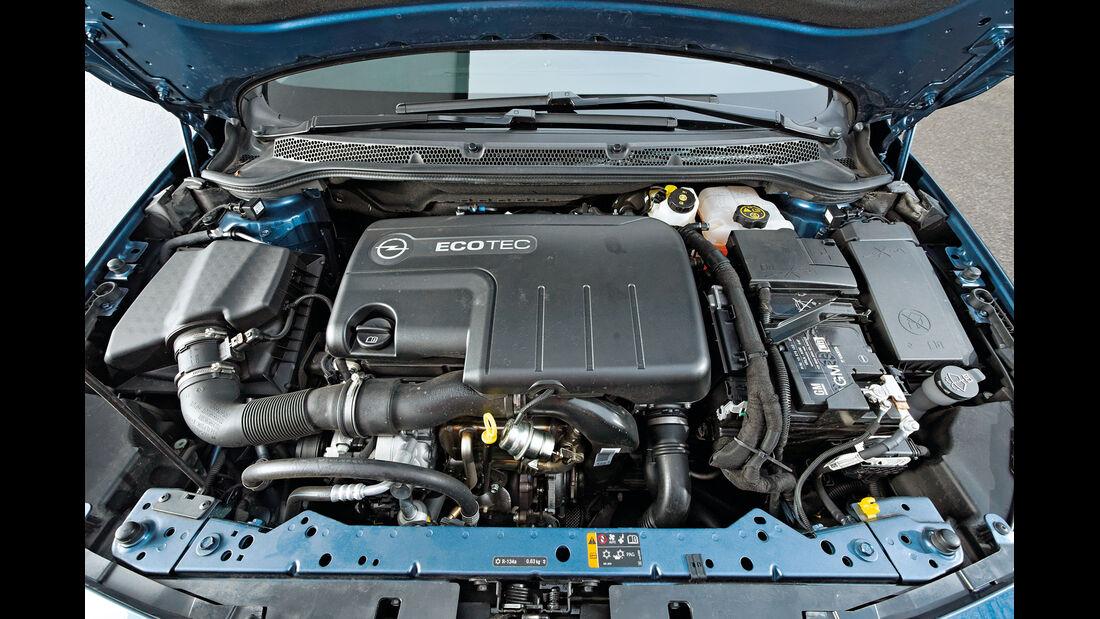 Opel Astra 1.7 CDTi Ecoflex, Motor