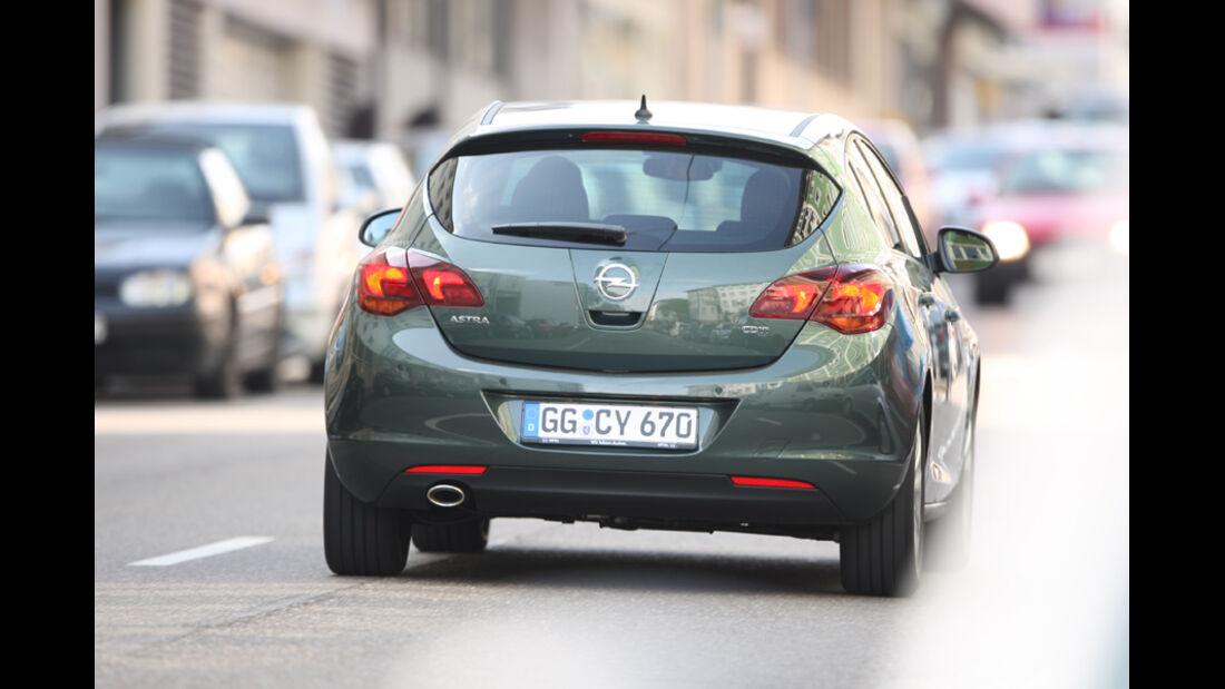 Opel Astra 2.0 CDTi Ecotec Design Edition, Heckansicht