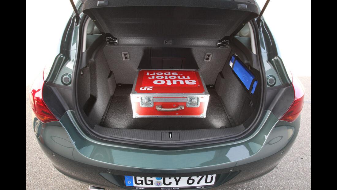 Opel Astra 2.0 CDTi Ecotec Design Edition, Kofferaum