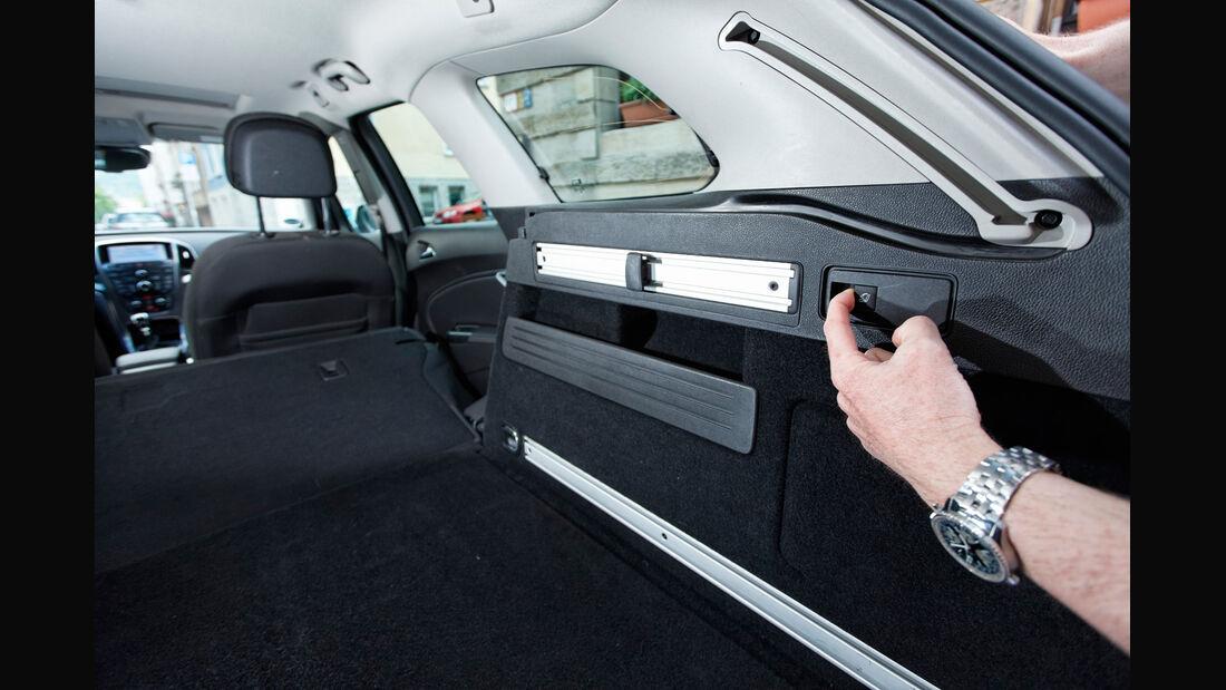 Opel Astra 2.0 CDTi, Kofferraum, Ladefläche