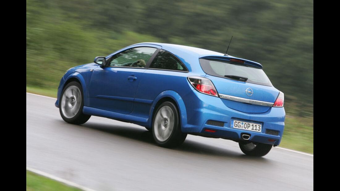Opel Astra 2.0 Turbo OPC