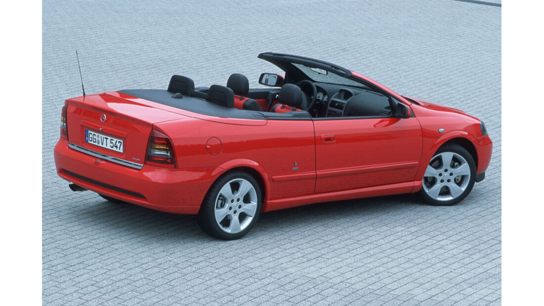 Opel Astra Cabrio 1.8, Seitenansicht, rot