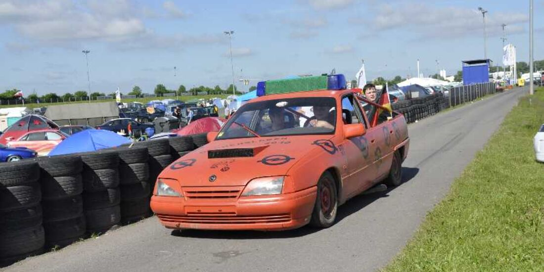 Opel Astra G Cabrio mit Flügeltüren